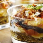 Recipe for a vegetarian Greek moussaka with vegetarian minced meat