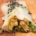 Summery spring roll recipe with seitan, cucumber and black sesame seeds