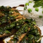 Fried seitan steak with mint and parsley