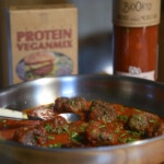 recipe for the best protein-rich vegan balls in tomato sauce with the instant mix from Bertyn
